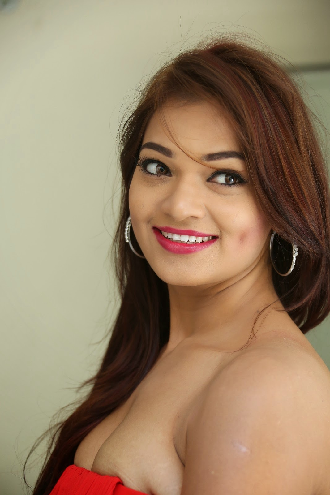 Ashwini Latest Hot Photos In Short Dress  Hot Bollywood -9142